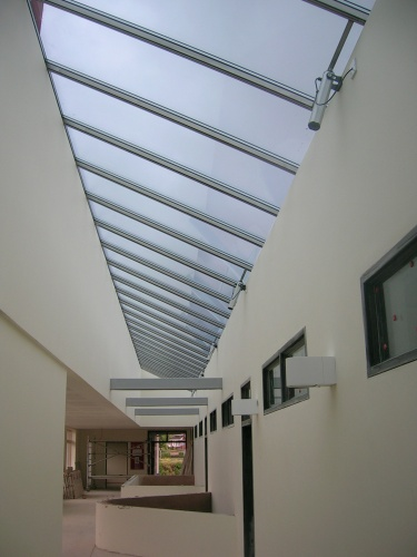 Superb Internal View Of Stainless Steel Vitral Inspiration Rooflight Shows Push  Actuators And Unique Same Sightline For Opening And Fixed Lights.
